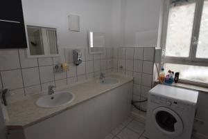 AB Apartment Bad-Cannstatt II, Apartmanok  Stuttgart - big - 21