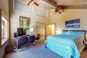 Crystal Blue, Дома для отпуска  Incline Village - big - 17