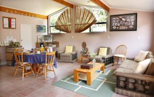 Kowhai Close Accommodation, Guest houses  Oneroa - big - 22