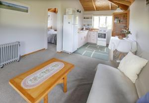 Kowhai Close Accommodation, Guest houses  Oneroa - big - 27