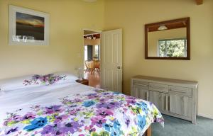 Kowhai Close Accommodation, Guest houses  Oneroa - big - 31