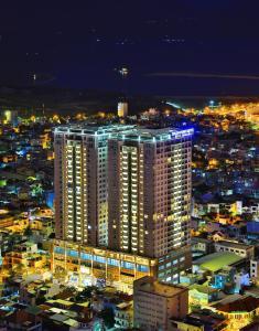 Zen Diamond Suites Hotel, Szállodák  Da Nang - big - 49