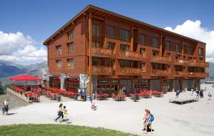 Appart'Hotel Odalys Prestige Eden, Apartmanhotelek  Arc 1800 - big - 52