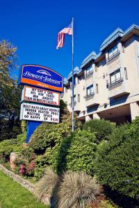 Howard Johnson Hotel by Wyndham Victoria, Hotels  Victoria - big - 55