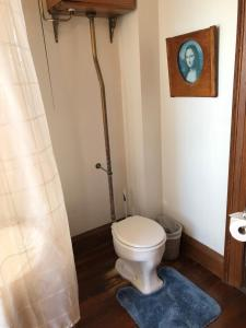 King Room with Private Adjacent Bathroom