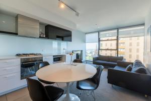 Apartments Melbourne Domain CBD