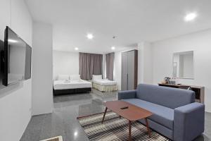 Premier Triple Room