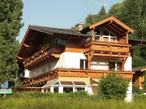 Villa Silvia, Appartamenti  Zell am See - big - 1