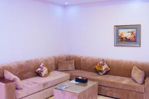 Madar Suites, Apartmanhotelek  Yanbu - big - 10