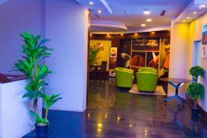 Madar Suites, Apartmanhotelek  Yanbu - big - 12