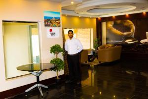 Madar Suites, Apartmanhotelek  Yanbu - big - 17