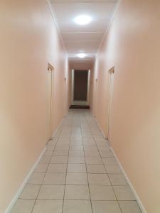 6床宿舍间的1个床位