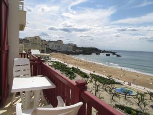 T2 FACE A L'OCEAN, Apartmány  Biarritz - big - 8