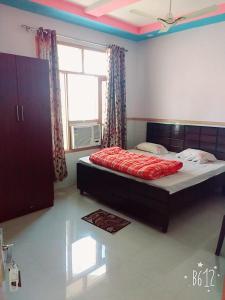 Hotel B.K, Отели  Baddi - big - 1