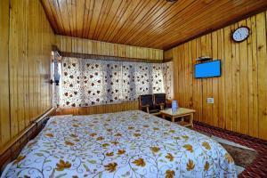 Hotel Affarwat, Hotel  Gulmarg - big - 5