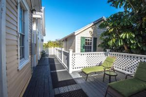 Wondrous Duval House Bed And Breakfast Bed Breakfast Key West Download Free Architecture Designs Scobabritishbridgeorg