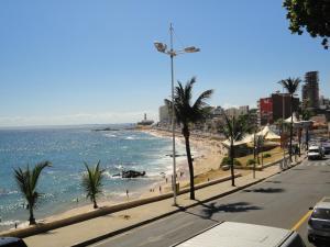 Studio Barra Bahia Flat, Aparthotely  Salvador - big - 46