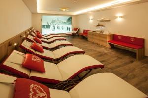 Hotel Hirschen - Grindelwald, Отели  Гриндельвальд - big - 94