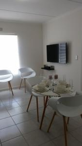 Coral Sands on Muizenberg, Апартаменты  Marina da Gama - big - 19