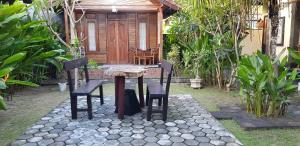 Surya Home Stay, Priváty  Nusa Lembongan - big - 23