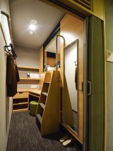 global cabin Tokyo Suidobashi, Hotel a capsule  Tokyo - big - 12