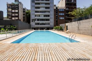 Upscale Apartement with Pool and Gym
