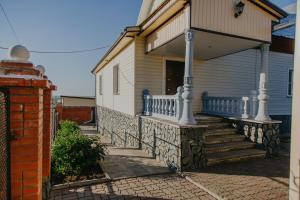 Guest House on Rozhdestvenskaya