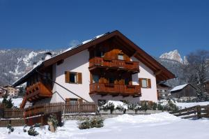 Appartamenti Majon Ladina - AbcAlberghi.com