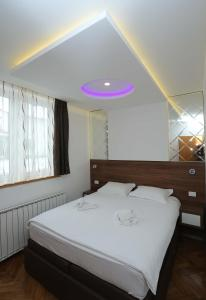 Villa Romantika, Apartmány  Zlatibor - big - 81