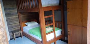 Surya Home Stay, Priváty  Nusa Lembongan - big - 6