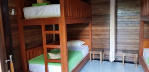 Surya Home Stay, Priváty  Nusa Lembongan - big - 5