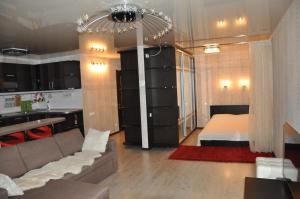 Apartment on Ostrovskogo 67, Ferienwohnungen  Sochi - big - 3