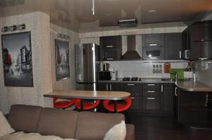 Apartment on Ostrovskogo 67, Ferienwohnungen  Sochi - big - 4