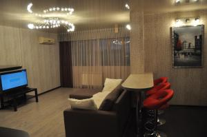 Apartment on Ostrovskogo 67, Ferienwohnungen  Sochi - big - 6