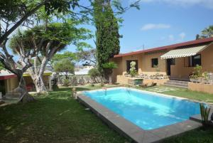 Lagarto Backpackers House