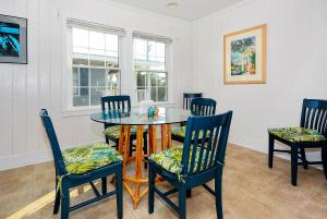 Happy Hour Home, Holiday homes  Myrtle Beach - big - 10
