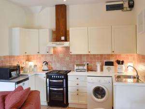 Coed-Y-Gelli Cottage, Case vacanze  Llanddewi Rhydderch - big - 4
