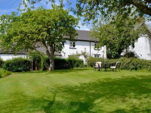 Coed-Y-Gelli Cottage, Ferienhäuser  Llanddewi Rhydderch - big - 8
