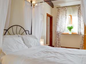 Coed-Y-Gelli Cottage, Case vacanze  Llanddewi Rhydderch - big - 7