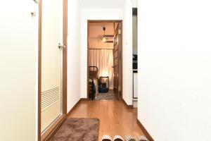 Stylish room in downtown, Apartmanok  Tokió - big - 25