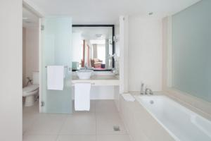 The Picasso Boutique Serviced Residences Managed by HII, Hotely  Manila - big - 23