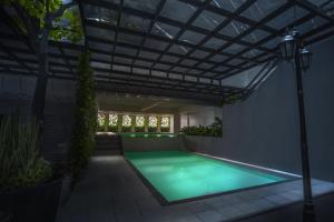 1014 West Insula Suites by AYS, Ferienwohnungen  Manila - big - 3