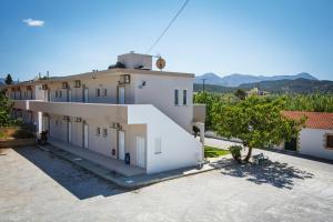 Mediterranean Studios Apartments, Apartmánové hotely  Kissamos - big - 29