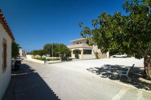 Mediterranean Studios Apartments, Apartmánové hotely  Kissamos - big - 33