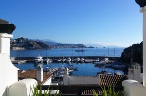 Lovely House with views in Marina del Este, Nyaralók  Almuñécar - big - 21