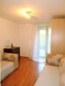 Apartments Rose, Апартаменты  Будва - big - 25