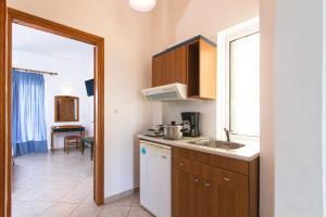 Mediterranean Studios Apartments, Apartmánové hotely  Kissamos - big - 8