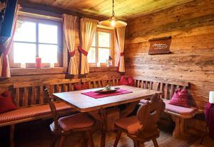 Chalet Kuschelhütte, Chalet  Ramsau am Dachstein - big - 16
