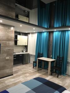 Apartment on Shovgenova 4
