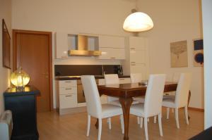Casa Camozzi, Apartmanok  Bergamo - big - 2
